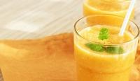 Смути от портокал, банан и ананас