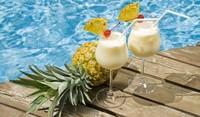 Коктейл с кокосово мляко