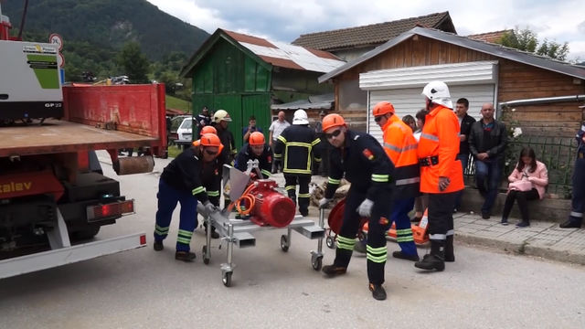 Катастрофа и пожар затвориха околовръстния път на Смолян