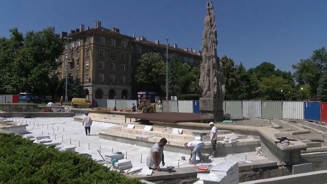 Възстановяването и освежаването на колонада в Димитровград обедини хора с различни професии